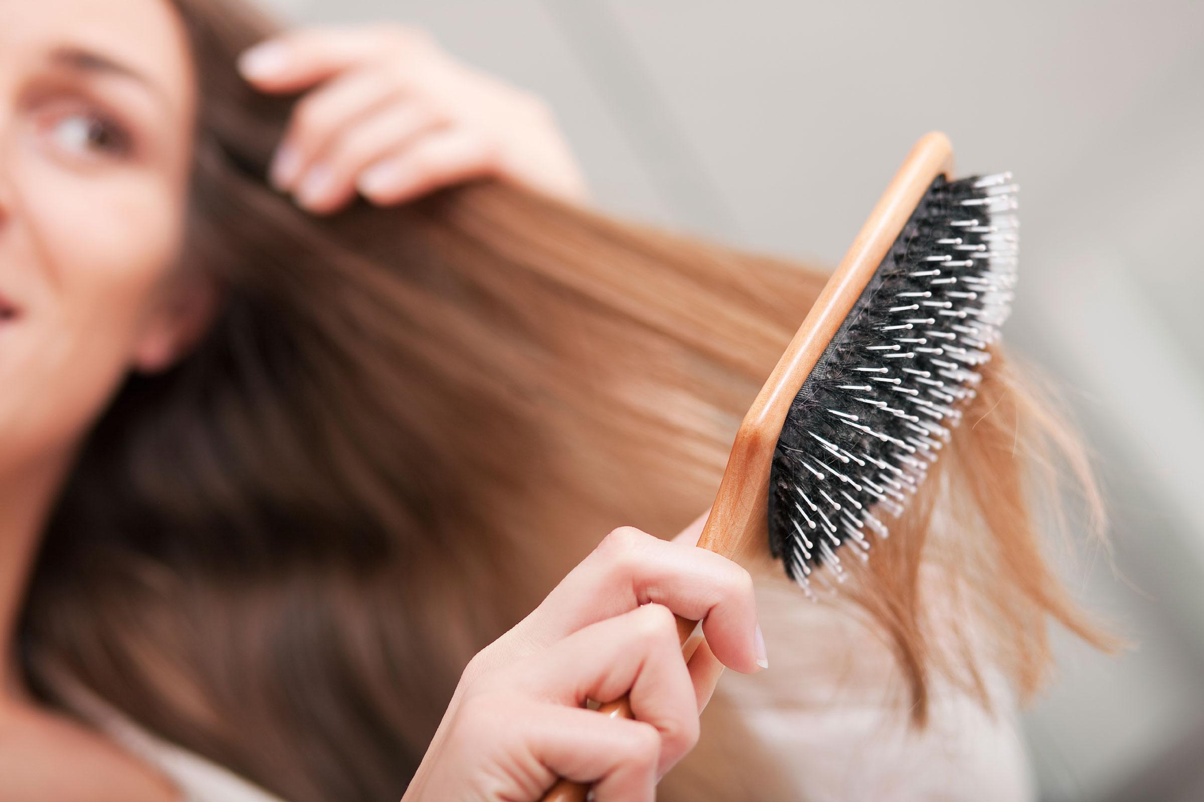 Выбираем расческу для волос